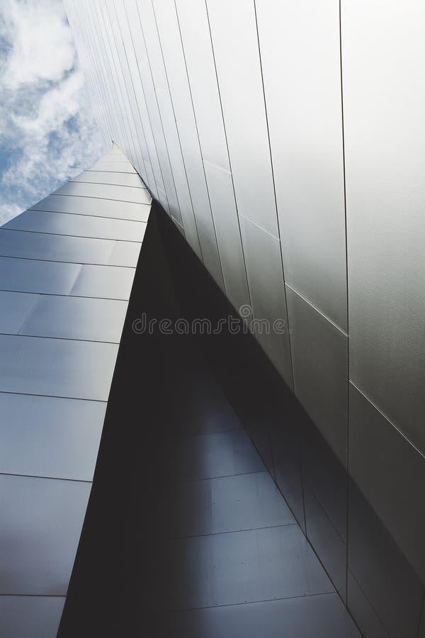 Detalhe vertical de Walt Disney Concert Hall Close fotografia de stock royalty free