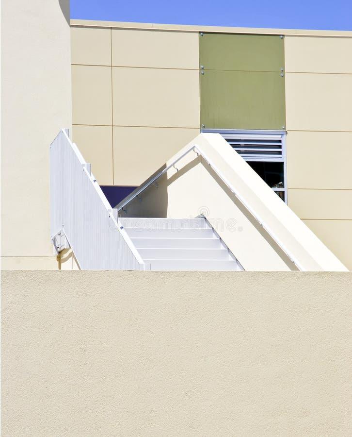 Detalhes arquitectónicos de edifício moderno imagem de stock