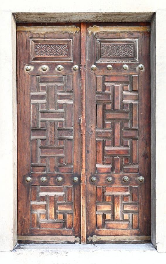 Detalhes arquitetónicos de Istambul: Porta de madeira velha foto de stock royalty free