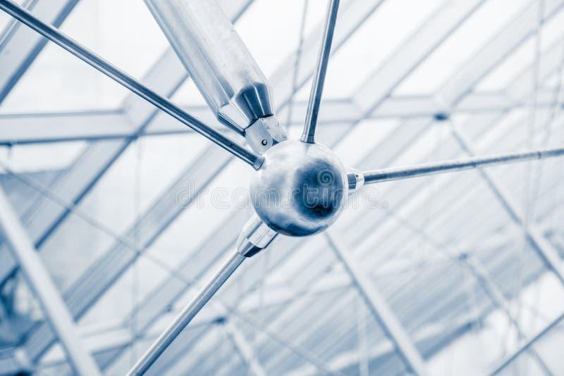 Detalhes arquitetónicos modernos da estrutura da claraboia imagem de stock