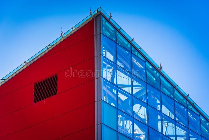 Detalhes arquitetónicos no aquário nacional em Baltimore, março imagens de stock
