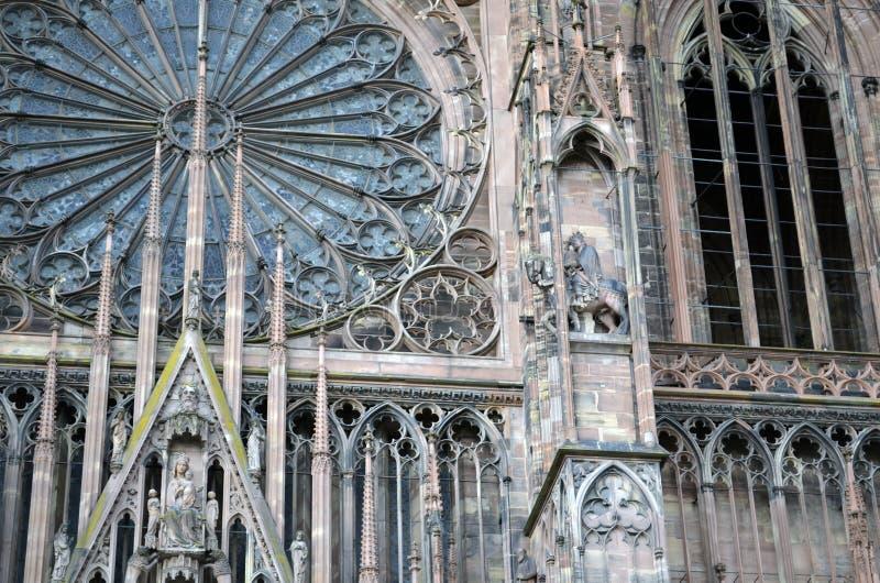 Detalhes da catedral de Strasbourg, Strasbourg França fotos de stock