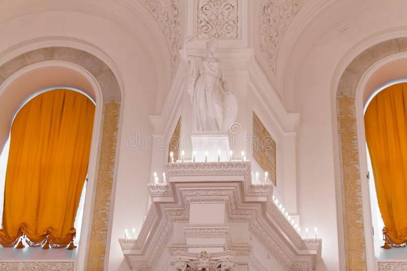 Detalhes da vista interior do salão de Georgievsky no palácio grande do Kremlin em Moscou foto de stock royalty free