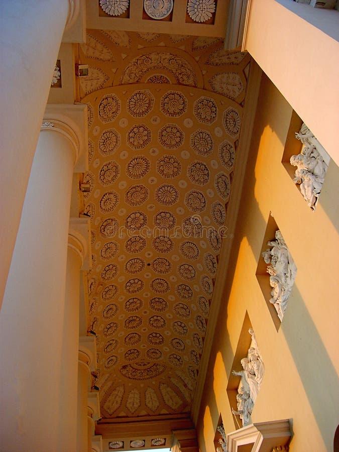 Detalhes de basílica da catedral de St Stanislaus e de St Vladislav em Vilnius, Lituânia imagens de stock