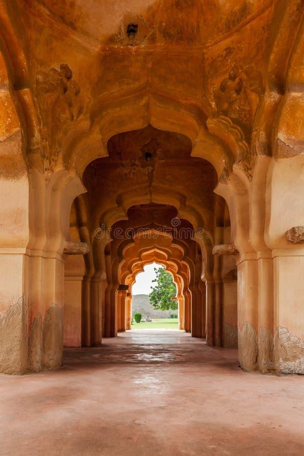 Download Lotus Mahal imagem de stock. Imagem de civilização, pavilion - 29848679