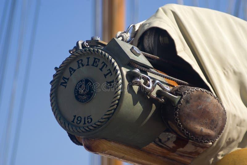 Detalhes de um barco de vela no estilo antigo fotografia de stock