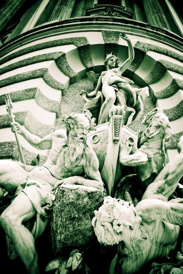Detalhes de um palácio imperial imagens de stock
