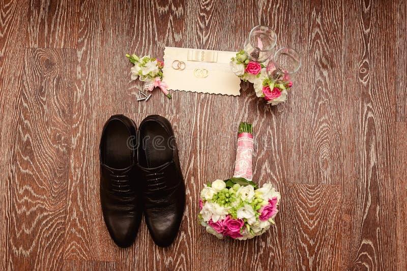 Detalhes do casamento a vista da parte superior fotografia de stock