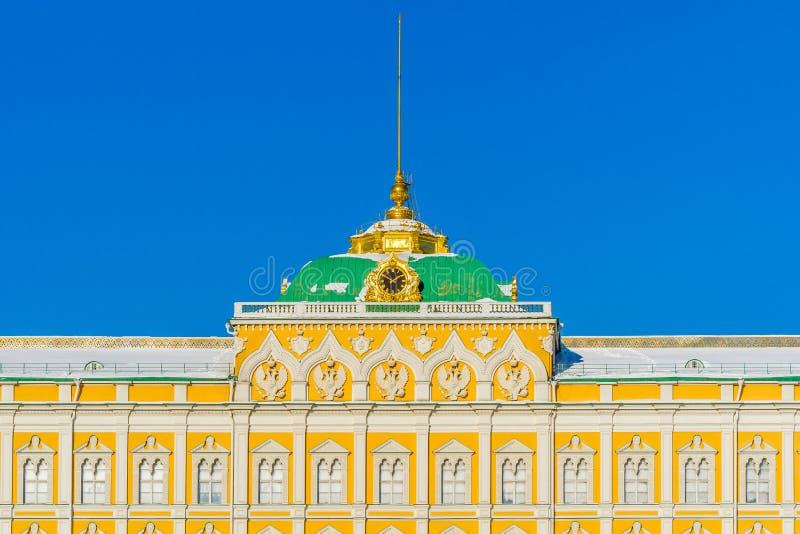 Detalhes grandes do palácio do Kremlin no dia de inverno fotos de stock royalty free
