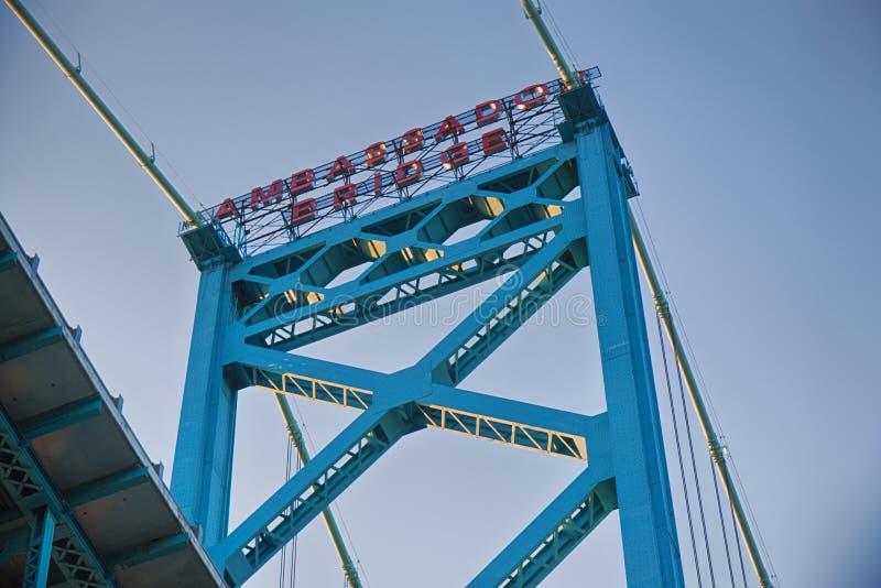 Detalj av ambassadören Bridge som förbinder Windsor, Ontario till Detro royaltyfria foton