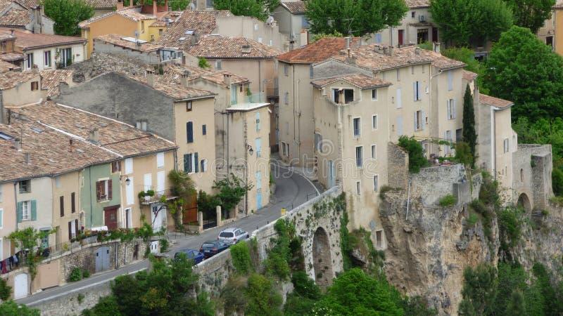 Detalj av byn av Moustiers-Sainte-Marie, Frankrike, Europa arkivfoton