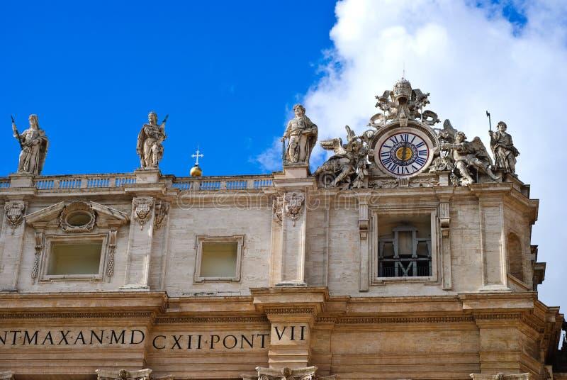Detalj av den San Peter basilikan, Vaticanen, Rome, Italien fotografering för bildbyråer