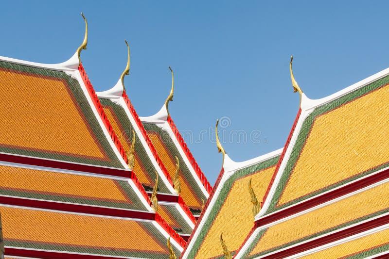 Detalj av det Wat Pho Reclining Buddha tempelkomplexet i Bangkok, Thailand royaltyfri bild