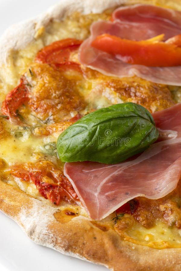 Detalj av en pizza arkivbilder