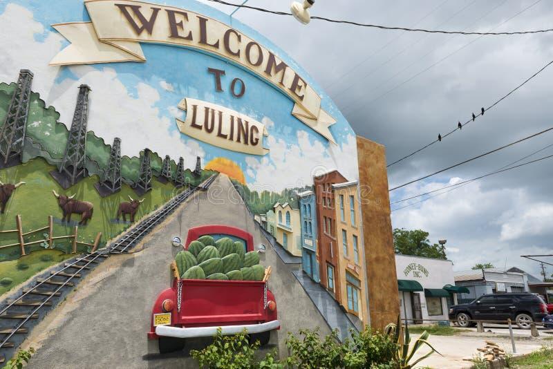 Detalj av en välkommen väggmålning i staden av Lulin i Texas, USA royaltyfria bilder