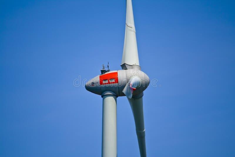 Detalj av en vindturbin i Bayern, Tyskland royaltyfria bilder