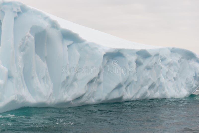 Detalj av ett isberg arkivbild