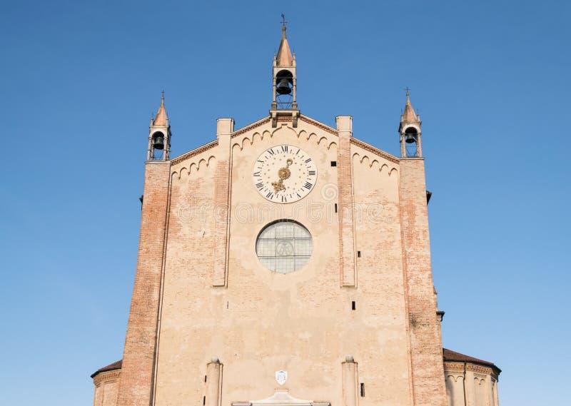 Detalj av fasaden av duomoen av Montagnana, Padova, Italien arkivbilder