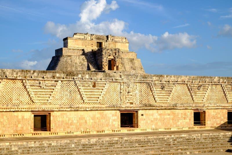 Detalj av forntida Mayan arkitektur i Uxmal den arkeologiska platsen royaltyfri fotografi
