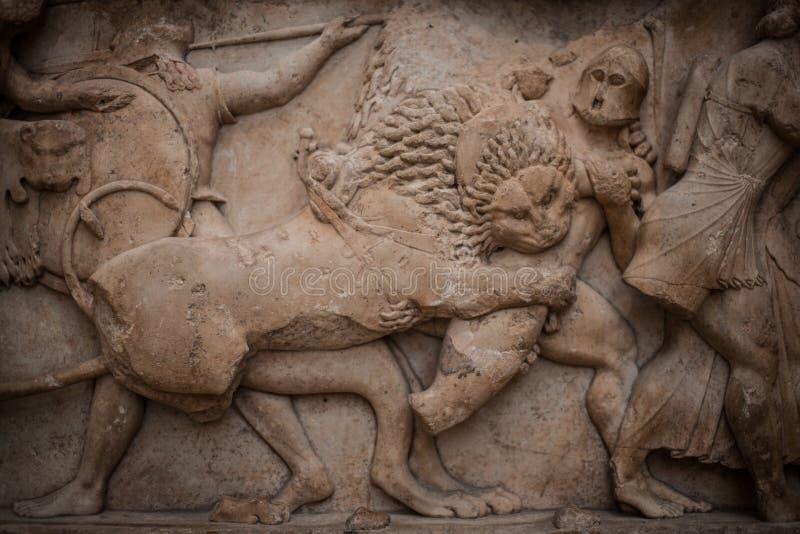 Detalj av friens från den Siphnian kassan arkivfoton