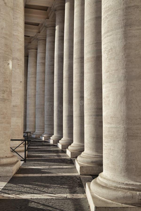 Detalj av kolonnaden av berninien royaltyfria foton
