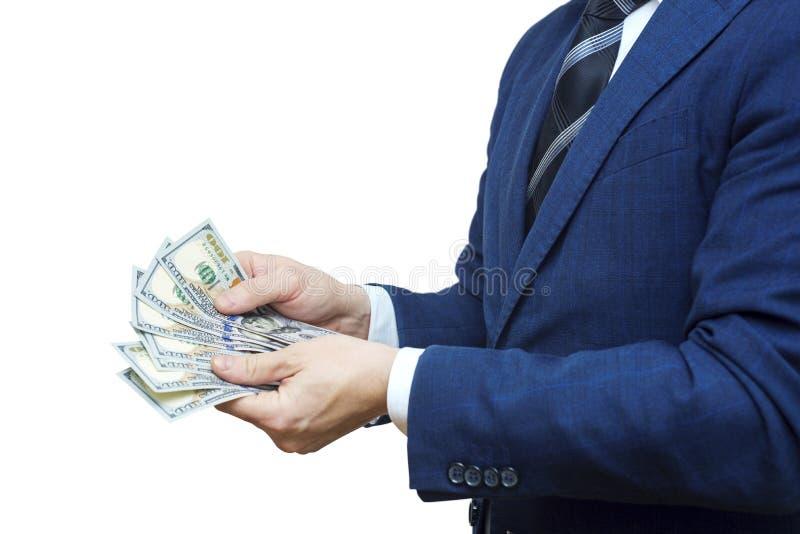 Detalj av manhänder med pengar Handomräkningdollar Manen räknar pengarna nya hundra-dollar räkningar royaltyfria foton