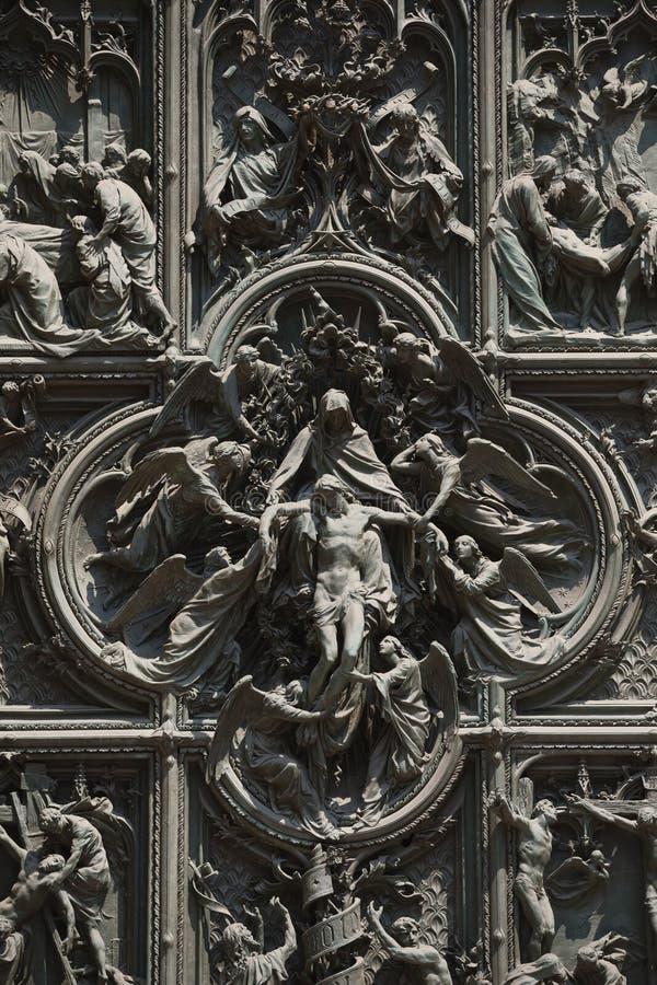 Detalj av Milan Cathedral eller Duomodi Milano i Milan, Italien royaltyfria bilder