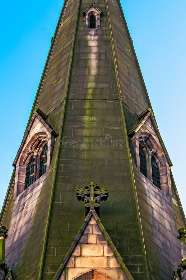 Detalj av St.en Martins Church i Birmingham stadsmitt royaltyfria foton