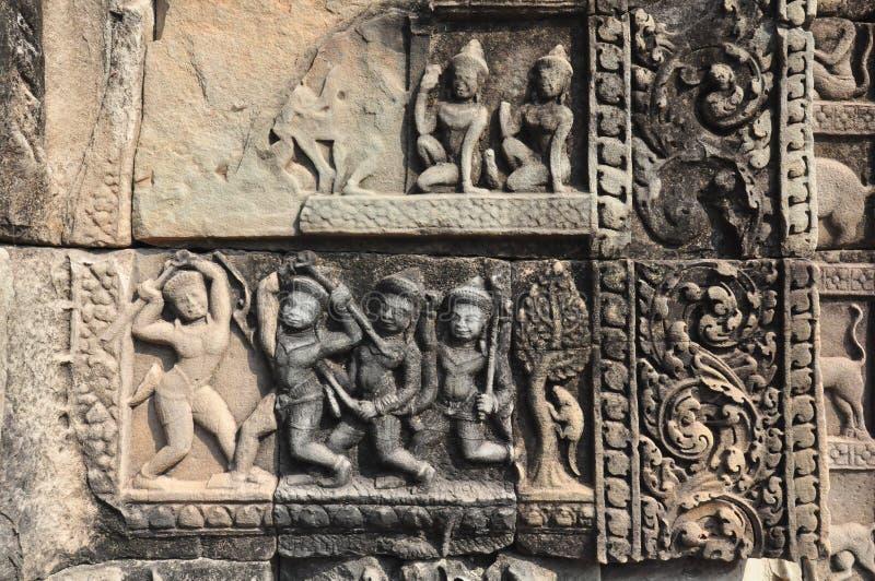 Detalj av stome som snider på den Baphuon templet, Angkor Thom City, kam arkivbild