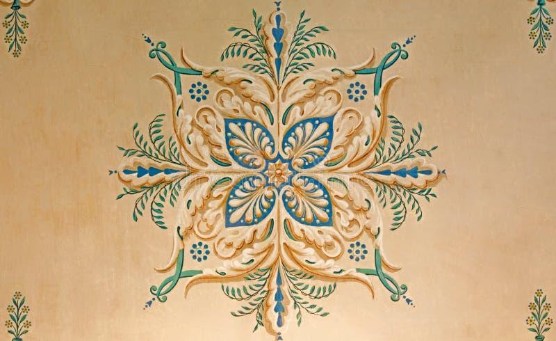 Detalj av takfreskomålningen i slotthelgonet Anton royaltyfri bild