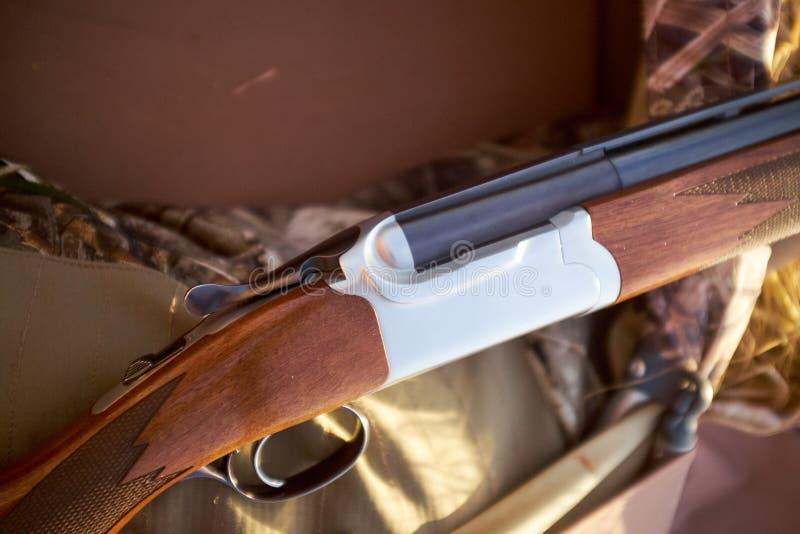 Detalj av trähagelgeväret royaltyfria foton