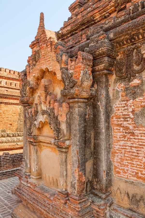 Detalj för Bagan pagodstuckatur royaltyfri foto