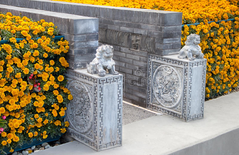 Detaljer av den Kina paviljongen på expon 2015 royaltyfri fotografi