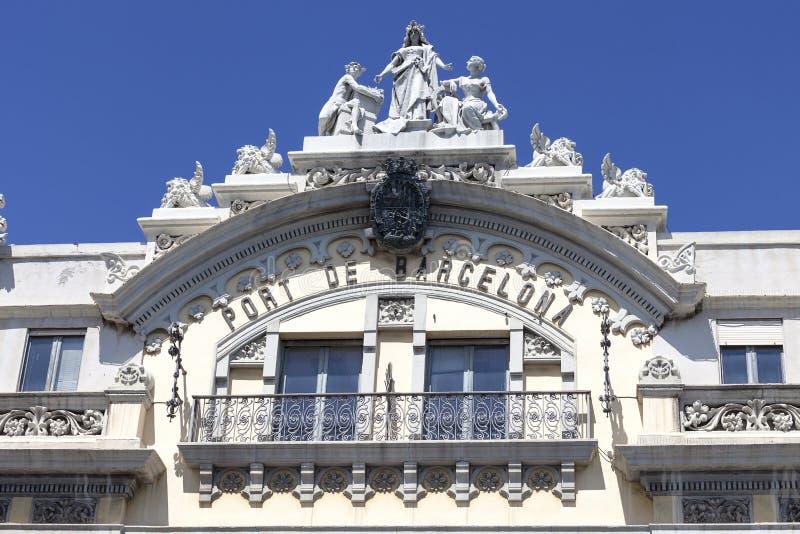 Detaljer av historisk byggnadsport av Barcelona, port Vell, Spanien arkivbilder