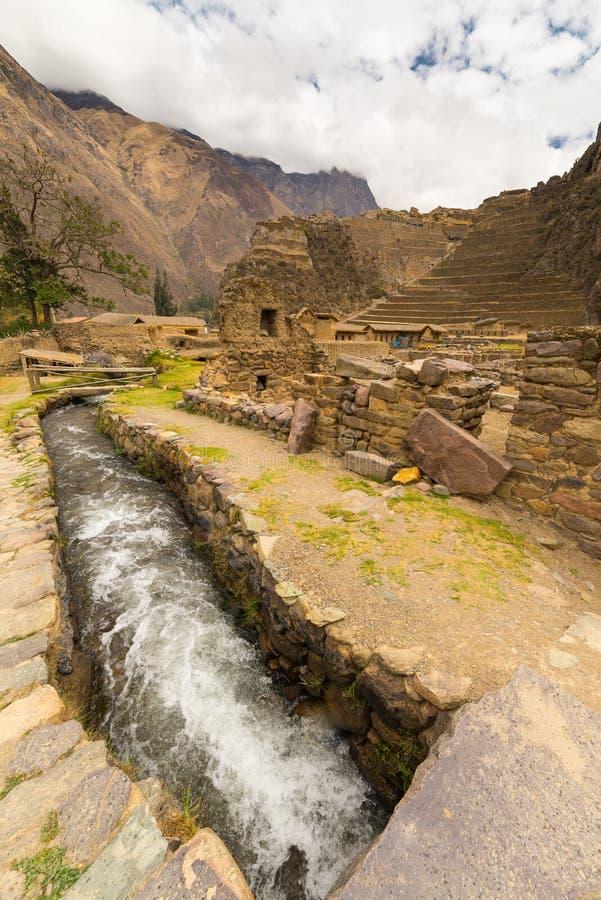 Detaljer av Ollantaytambo, tidigare Incastad, Peru royaltyfria bilder