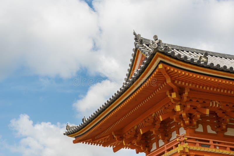 Detaljer av traditionell japansk byggnad royaltyfria bilder