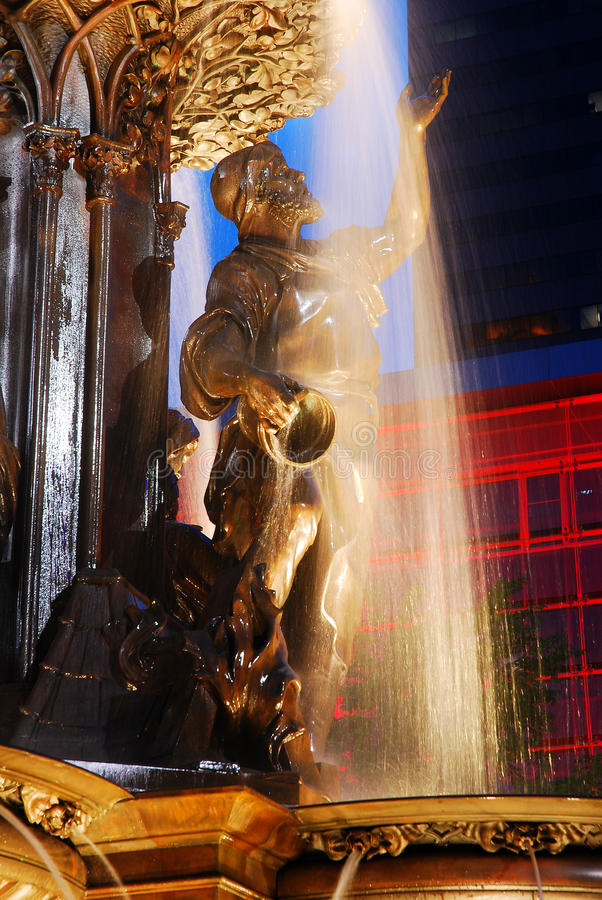 Detaljer av Tyler Davidson Fountain Cincinnati royaltyfri fotografi