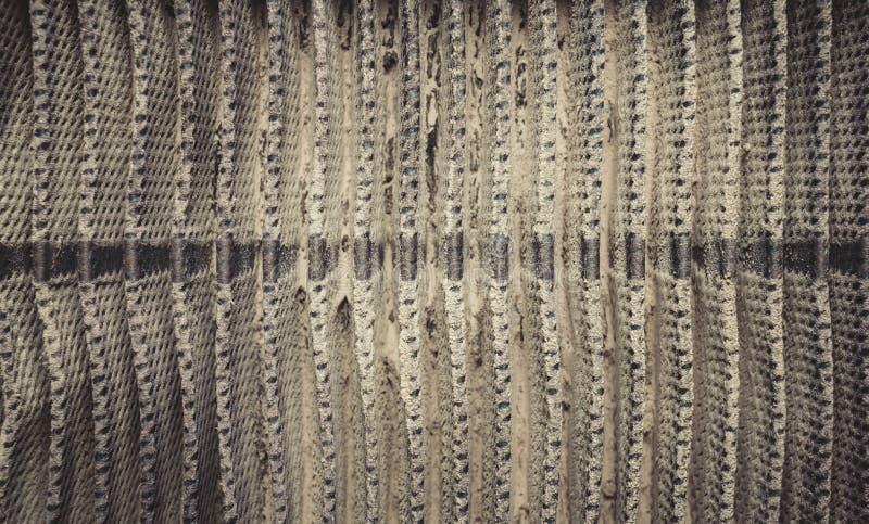 Detaljerat fragment av smutsig yttersida för luftfilter arkivfoto