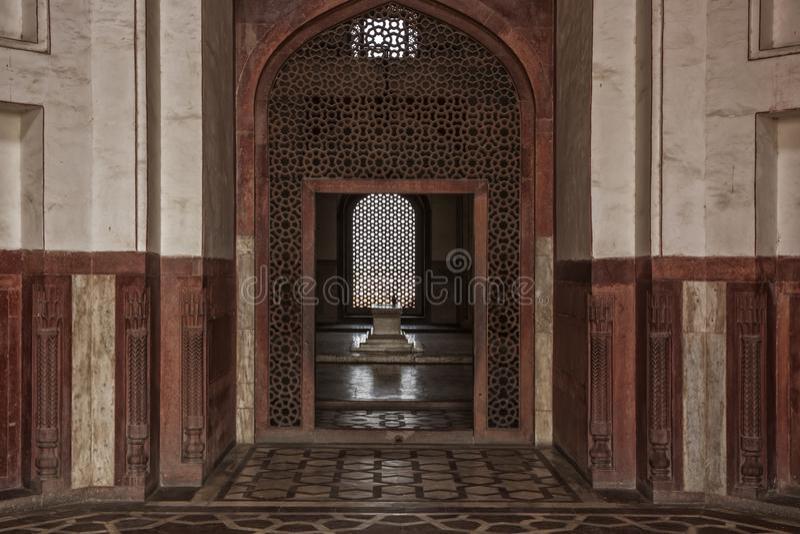 Detaljgravvalv av kejsaren 'Humayun 'New Delhi, Indien royaltyfri foto