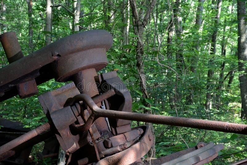 Detalle abandonado de la torre de perforación de aceite imagen de archivo