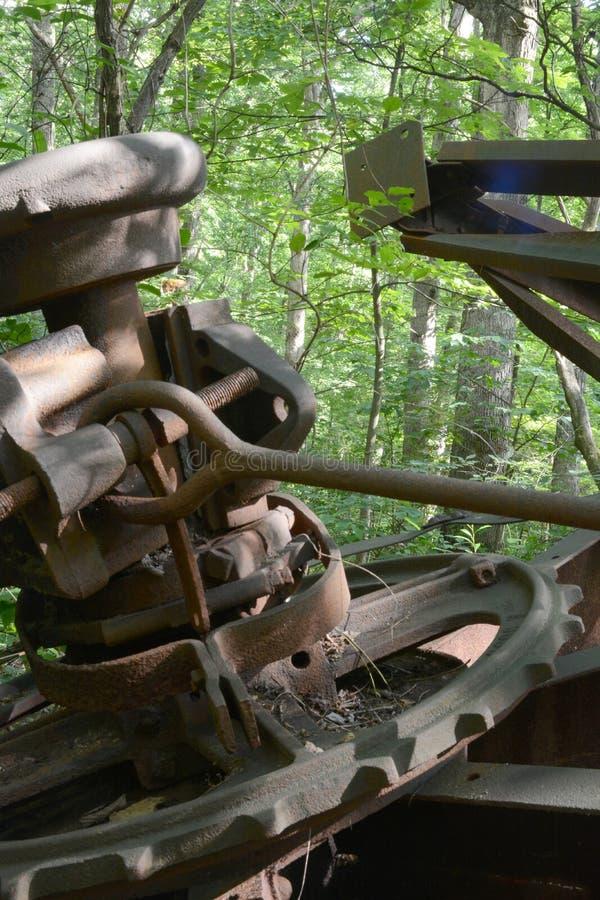 Detalle abandonado de la torre de perforación de aceite fotografía de archivo libre de regalías