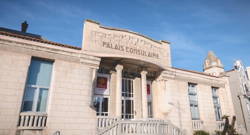 Detalle arquitectónico de Art Deco Building Consular Palace en Sete, Francia fotos de archivo libres de regalías