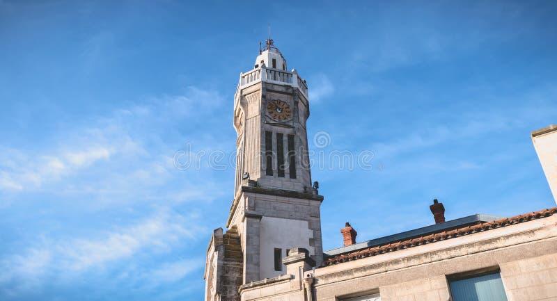 Detalle arquitectónico de Art Deco Building Consular Palace en Sete, Francia fotos de archivo