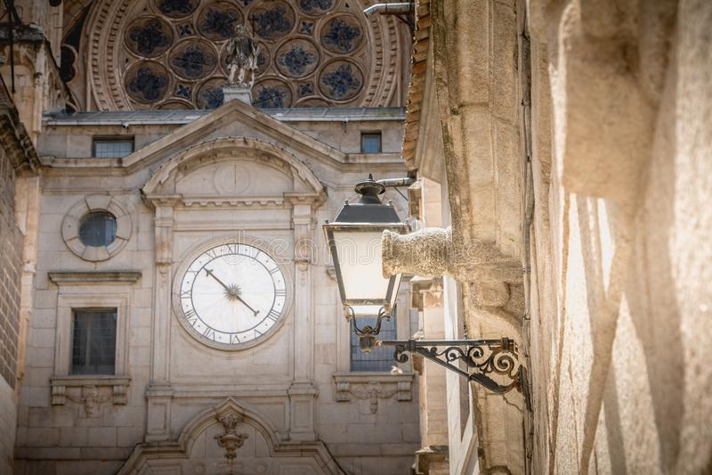 Detalle arquitectónico de la catedral de St Mary s de Toledo en España foto de archivo libre de regalías
