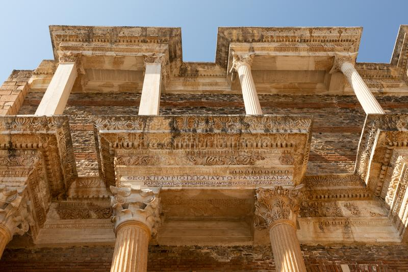 Detalle arquitectónico de la escuela en Sardis antiguo imagen de archivo libre de regalías
