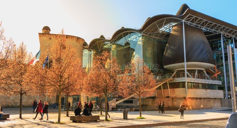 Detalle arquitectónico de la tribunal superior de Burdeos foto de archivo