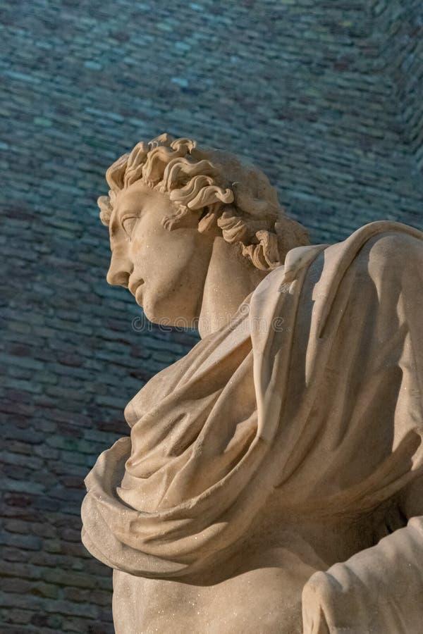 Detalle de Helios Statue en el museo Berlín de Neues foto de archivo