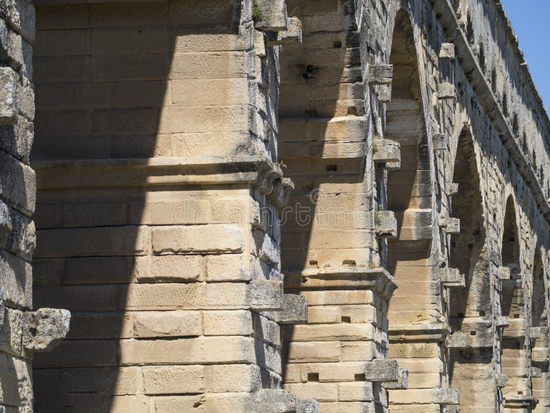 Detalle de la arquitectura de Pont du Gard, Francia imagen de archivo libre de regalías
