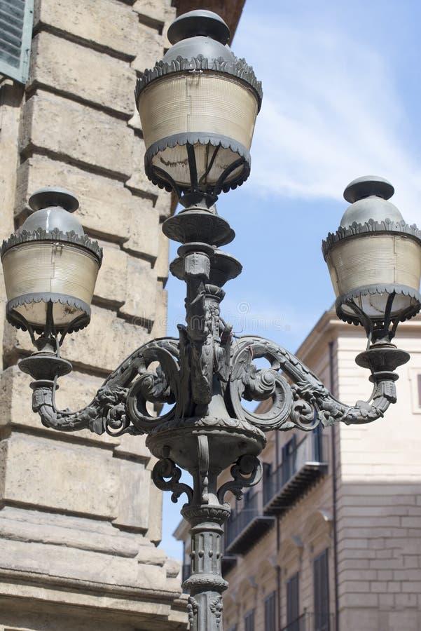 Detalle de la arquitectura en Palermo fotografía de archivo libre de regalías