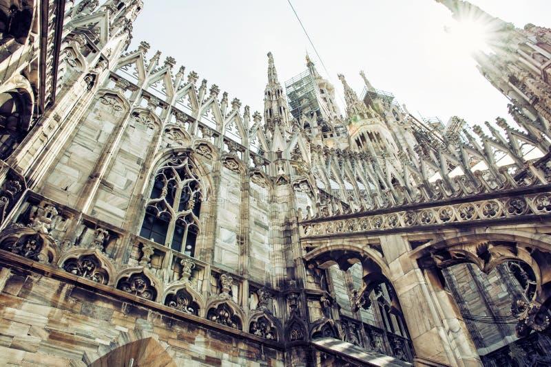 Detalle de la catedral de Milán - di Milano, Italia del Duomo, cultural ella foto de archivo